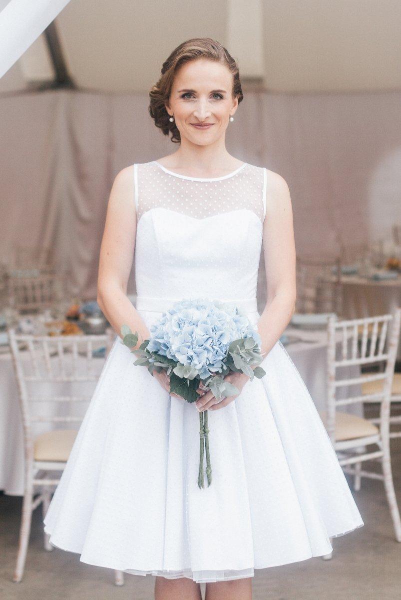 MONLEMON - Svadobné šaty na mieru Simonne d4ed06974f9